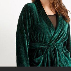 Eloquent Green Velvet Robe Blazer